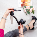 Sandale dama cu toc negre lucioase Dalenia -rl