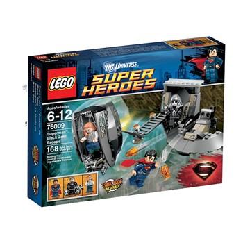 Superman: Eliberarea de Black Zero (76009)