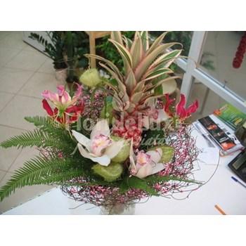 Buchet gloriosa, ananas, orhidee