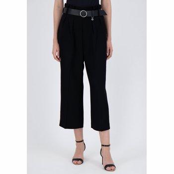 Pantaloni culotte cu o curea in talie