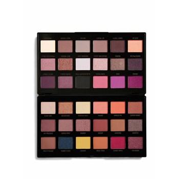 Paleta pentru farduri de pleoape Makeup Revolution X Petra Eyeshadow Palette