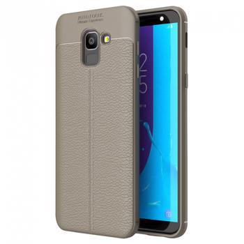 Husa slim AUTOFOCUS pentru Samsung Galaxy J6 2018 din silicon TPU cu model piele gri