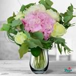 Buchet de flori - Petale de dragoste