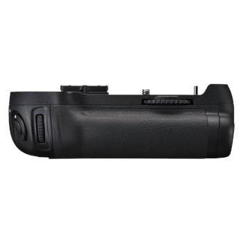 Nikon MB-D12 - battery grip pentru D810, D800, D800E