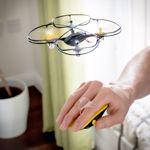 Drona RED5 Motion Control, control prin miscarea mainii